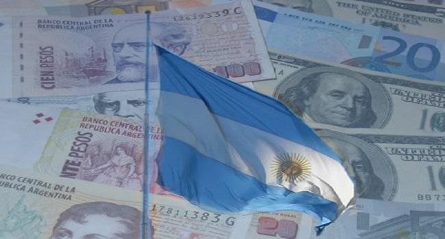 Argentina anuncia acordo para quitar dívida com Clube de Paris